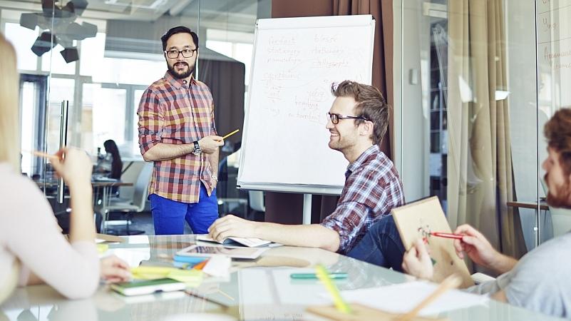 """Verhandlungstraining, Erfolgreich Verhandeln, Strategie und Taktik für Verhandlungen, Verhandlungen mit Kunden, Partnern, Mitarbeitern, Konfliktlösungsseminar, Konflikte ansprechen lernen, Konflikte konstruktiv lösen, Konflikt Management für Führungskräfte, Persönlichkeitstraining, MBTI, Das innere Team, Selbstcoaching mit dem """"Inneren Team"""", Motivation und Persönlichkeit, unterschiedliche Persönlichkeitstypen verstehen und überzeugen, Gesprächsführung für Führungskräfte, Einstellungsinterviews führen, Kommunikationsseminar, Gesprächsführung, Teamtraining, Teams steuern, Zusammenarbeit im Team, Persönlichkeitstypen nach Belbin, Outdoor Übungen, Telefontraining für den Empfang, Telefontraining für Auszubildende, serviceorientiert Telefonieren, kundenorientierte E-Mails schreiben, Kundenfreundlich am Telefon und in E-Mails, Praxisberatung, Kollegiale Fallberatung, Stehgreif-Szenen, psychodramatische Rollenspiele, Soziometrie"""